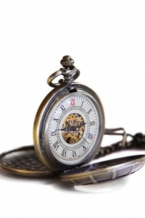 Двусторонние часы в стиле Стимпанк