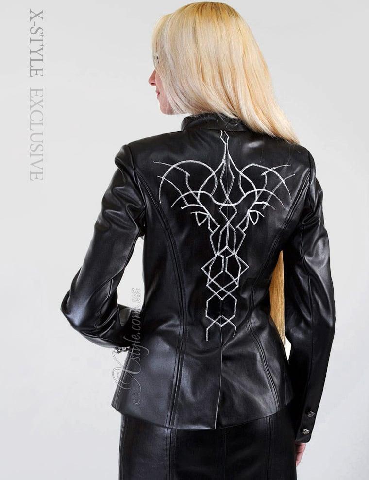 Вышивка на спине на куртке 67