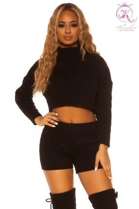 Вязаный черный свитер и шорты KouCla