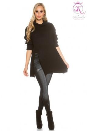 Черный свитер оверсайз с разрезом KouCla