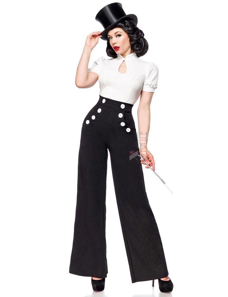Широкие брюки с карманами и высоким поясом